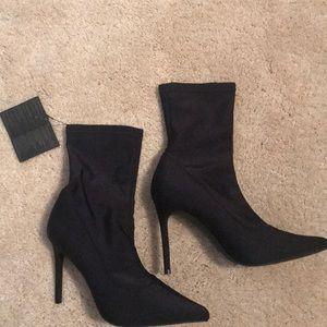 Size 9 sock booties